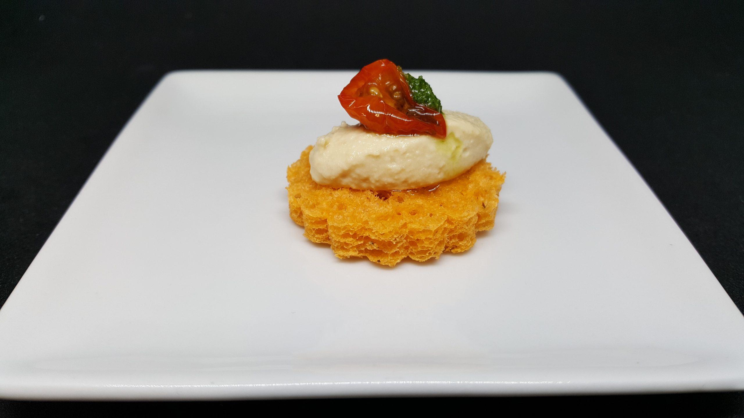 Canapé houmous tomate séchées marinée 15g