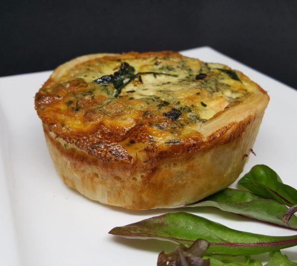 Quiche saumon estragon et courgettes du traiteur Goodee SQY à Voisins le Bretonneux