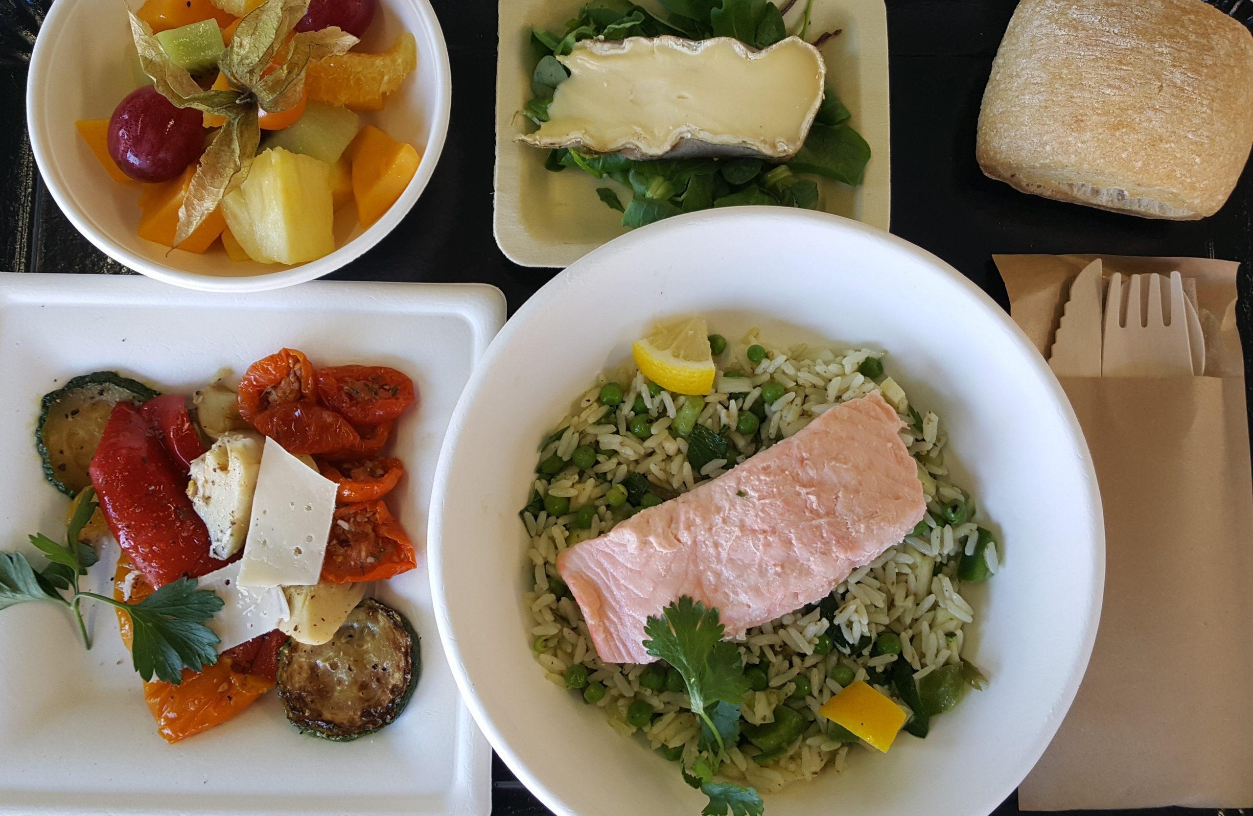 Exemple de plateaux repas pour entreprises du traiteur Goodee SQY à Voisins le Bretonneux