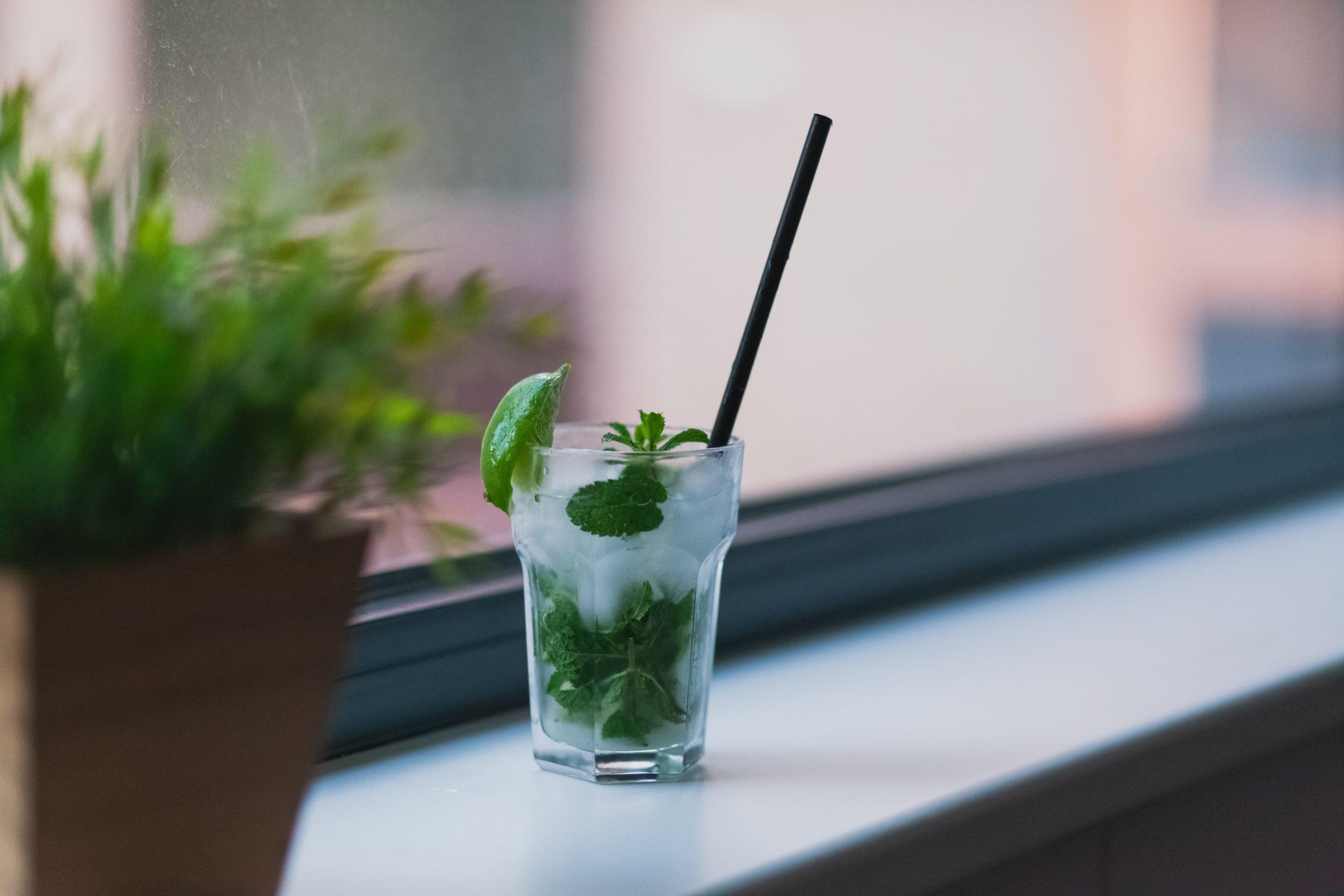Mini verre mojito sans alcool du traiteur Goodee SQY à Voisins le Bretonneux